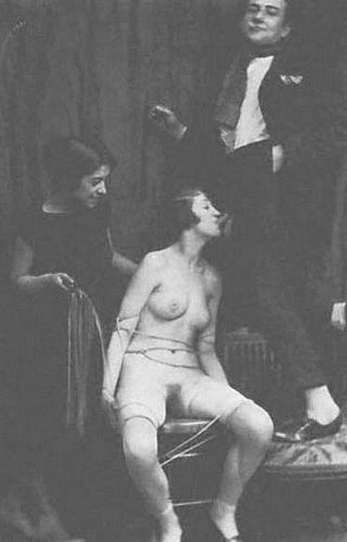 bondage blowjob 1900s style