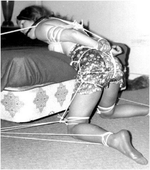 clothesline bondage for a retro bondage date