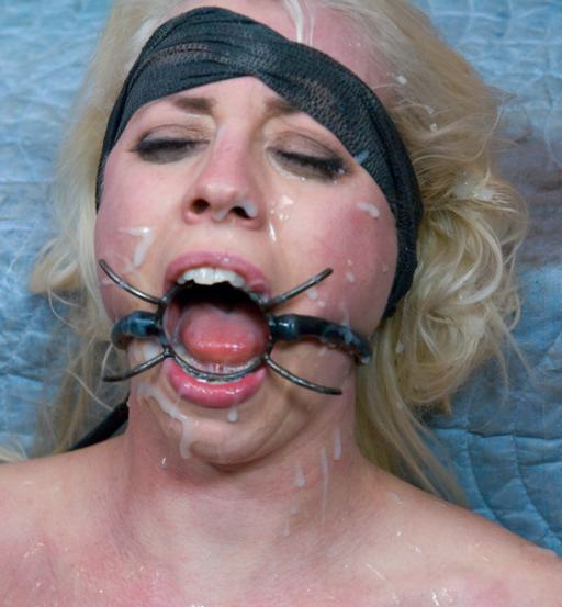 Spider Gag Blowjob
