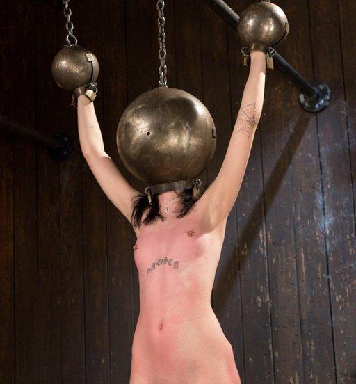 steel globe hood and shackles